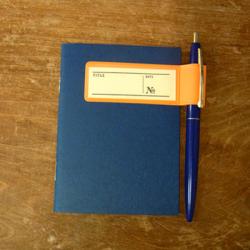 ノートとペンホルダー2